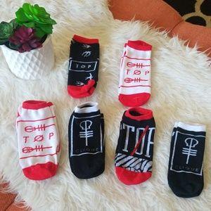 😎Twenty One Pilot No Show Socks - Set of 6😎